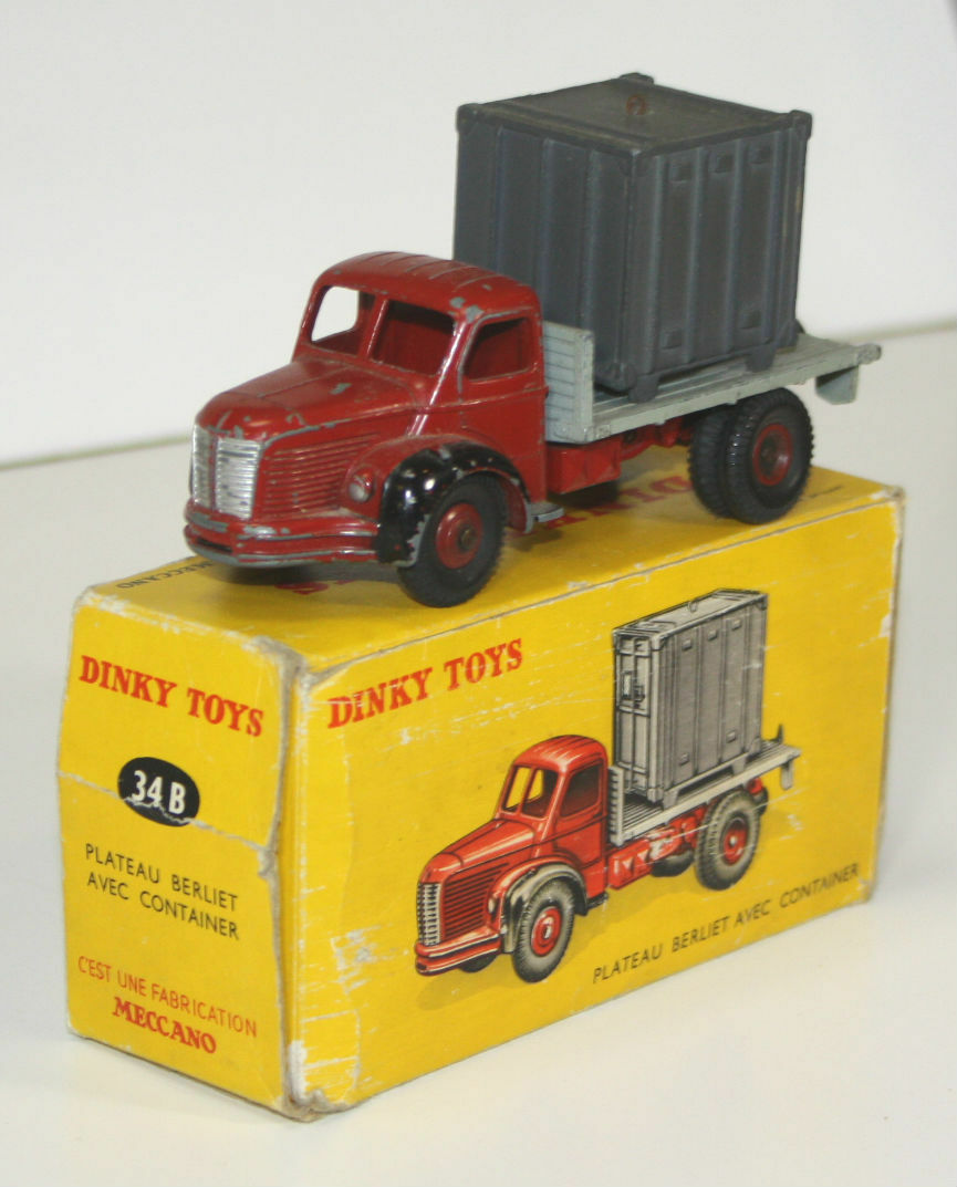BERLIET EN METAL. DINKY TOYS. 1 43. 34. REF MADE IN FRANCE. CIRCA 1950.