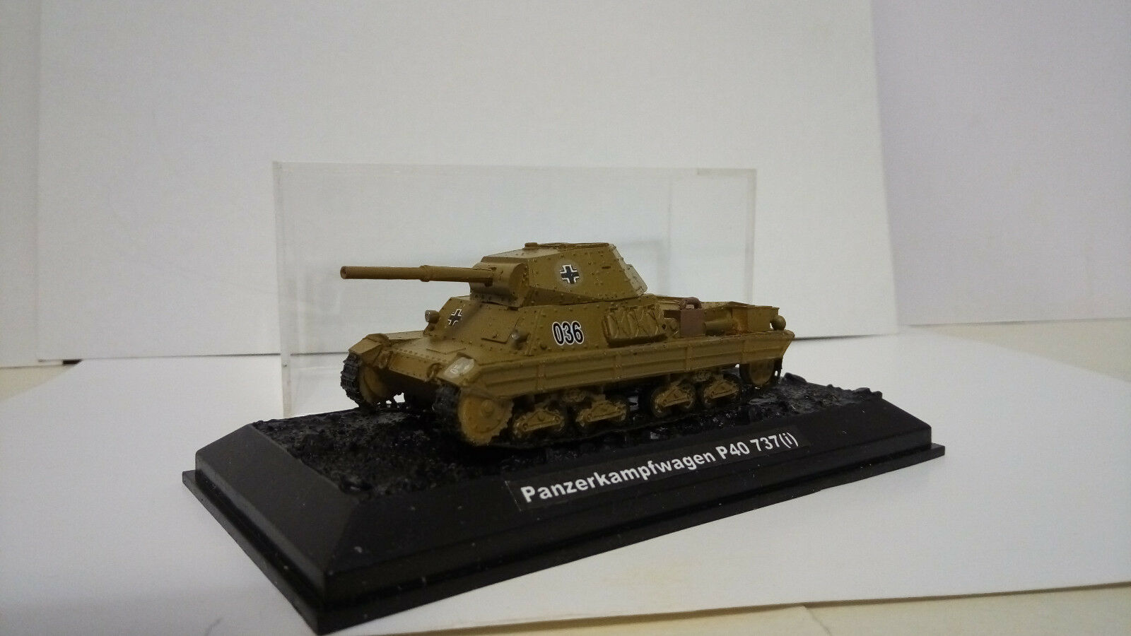 Panzerkampfwagen p40 737 (I) (1 72) resin