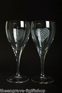 Pair-Wine-Glasses-039-Moments-039-Heart-Trinity-design-Wedding-Engagement-Gift