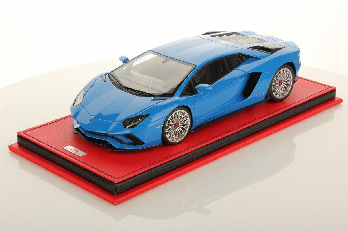 MR Collection Lamborghini Aventador S Blau Nila with Showcase 1 18