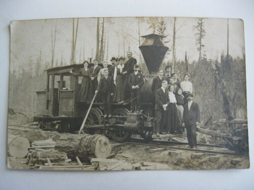 1907 PEOPLE ON TRAIN LOCOMOTIVE, ELROY WISCONSIN REAL PHOTO POSTCARD