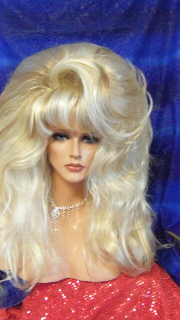 WOW DRAG QUEEN  BIG SMOOTH FROSTED SHOWN LONG LAYER WOW STYLE WIGS WIG