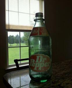 Glass-2-liter-Dr-Pepper-bottle