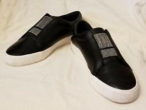 Womens slip on shoes. Louise et Cie