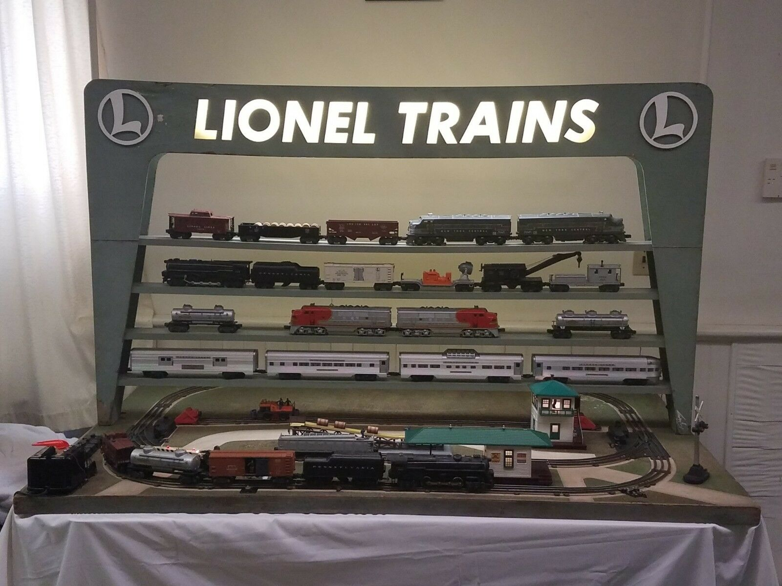 RARE Original Lionel 1955 D-133 Dealer Display Layout  All Accessories Work