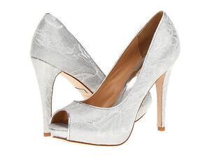 Badgley Mischka Damenschuhe Humbie VI Weiß Silver Peep Toe Formal Formal Formal Pumps 5db831