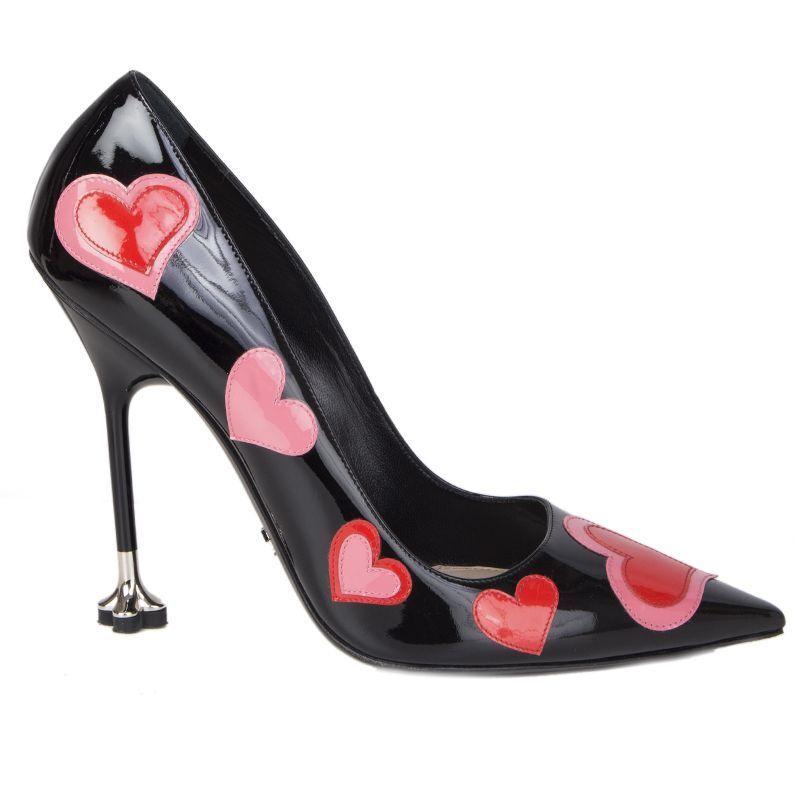 56123 auth PRADA black patent leather HEART Stiletto Pumps shoes 39