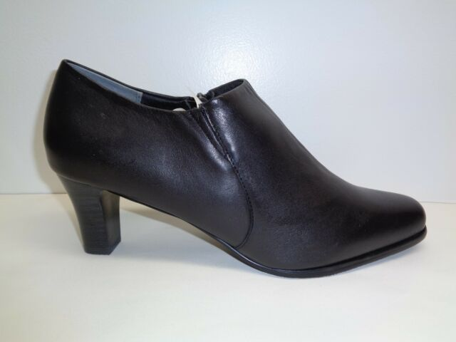 1c742ce4fa1 Trotters Size 10 W Wide JOLIE Black Leather Heels Ankle Boots New Womens  Shoes