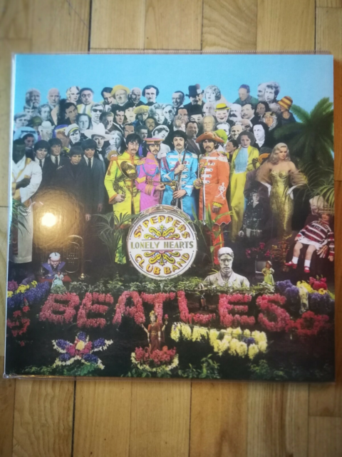 LP, The Beatles , Sgt. Pepper's Lonely Hearts Club Band…
