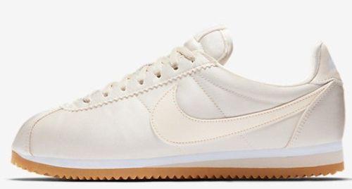 Da Donna Nike CLASSIC CORTEZ 7.5 QS in raso taglia 7.5 CORTEZ EUR 42 (920440 800) a malapena Arancione 7a3b34