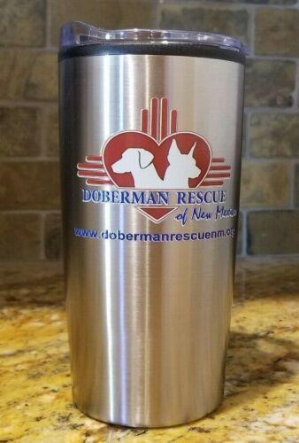 environ 566.98 g Tumbler Doberman sauvetage du Nouveau Mexique en acier inoxydable 20 oz
