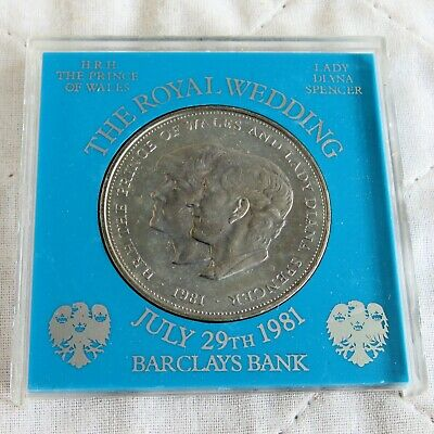 """1981 GREAT BRITAIN   /"""" ROYAL WEDDING /"""" CROWN UNCIRCULATED COIN PERSPEX CASE"""
