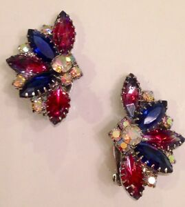 Vintage-JULIANA-Weiss-Purples-Pinks-amp-Aurora-Borealis-RS-Rhinestone-EARRINGS