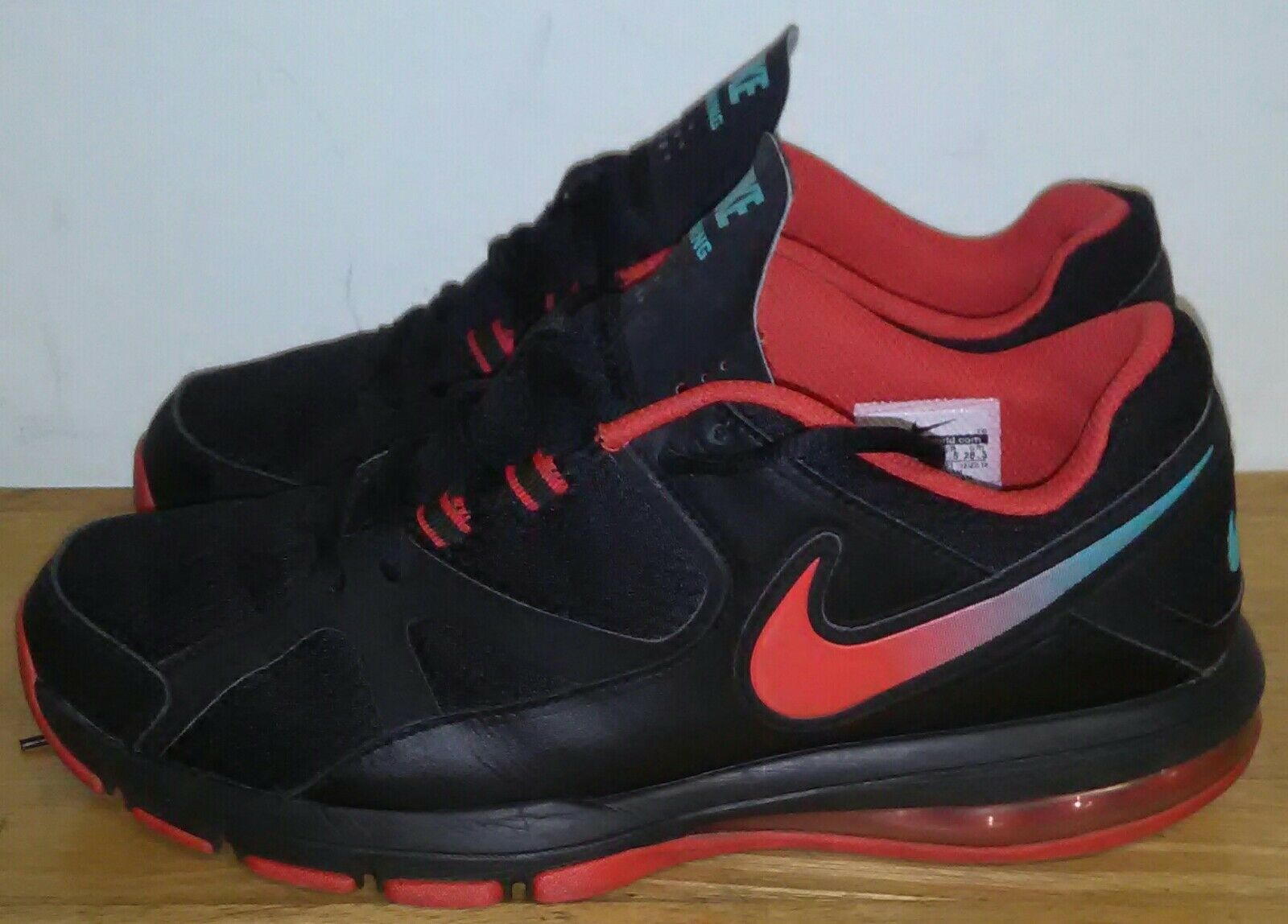 Nike Air Max Compete Tr 579940 001. Size 10.5