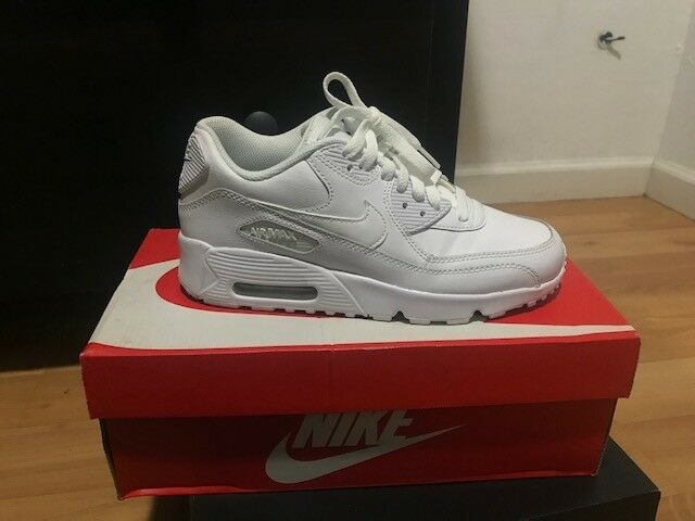 Nike AIR MAX 90 LEATHER 'WHITE/WHITE' MENS YOUTH SIZE 5.5. NEW IN BOX
