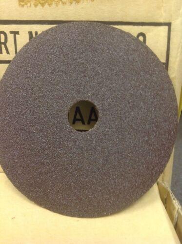 "Part No RD4100 Sanding Grit Disc 4/"" x 5//8/"" Grit AA 100 25 Each per Box"