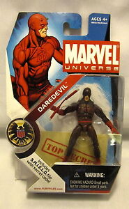 Marvel-Universe-Daredevil-Series-1-8-Dark-variant
