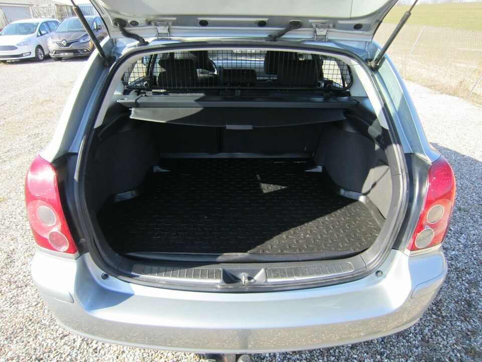 Toyota Avensis, 2,2 D-4D 150 Sol stc., Diesel