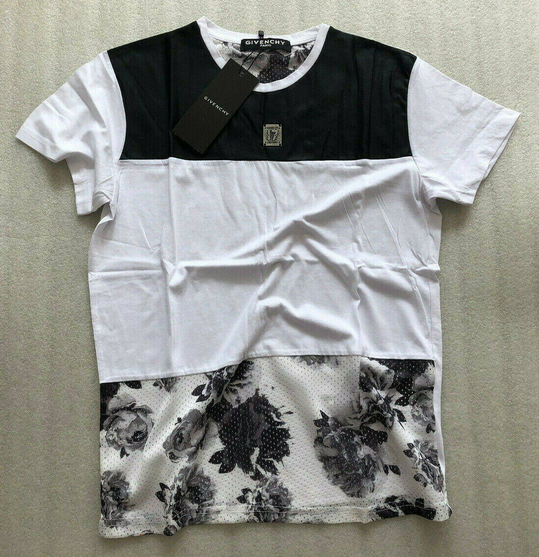 New Cool Givenchy  Men's T-Shirt Size S