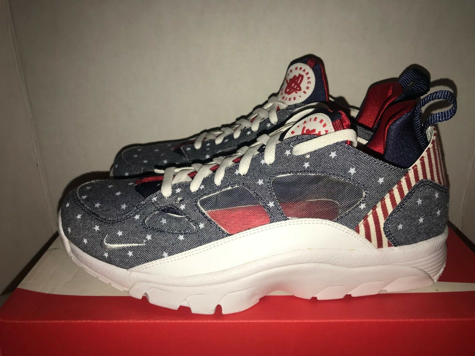 Nike Air Trainer Huarache Low QS Men's Size 11 Independence Day