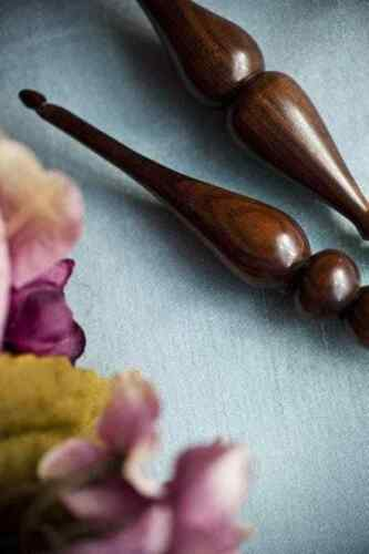 Purpleheart G+ 4.5 mm Furls :Alpha Series Wood Crochet Hook: