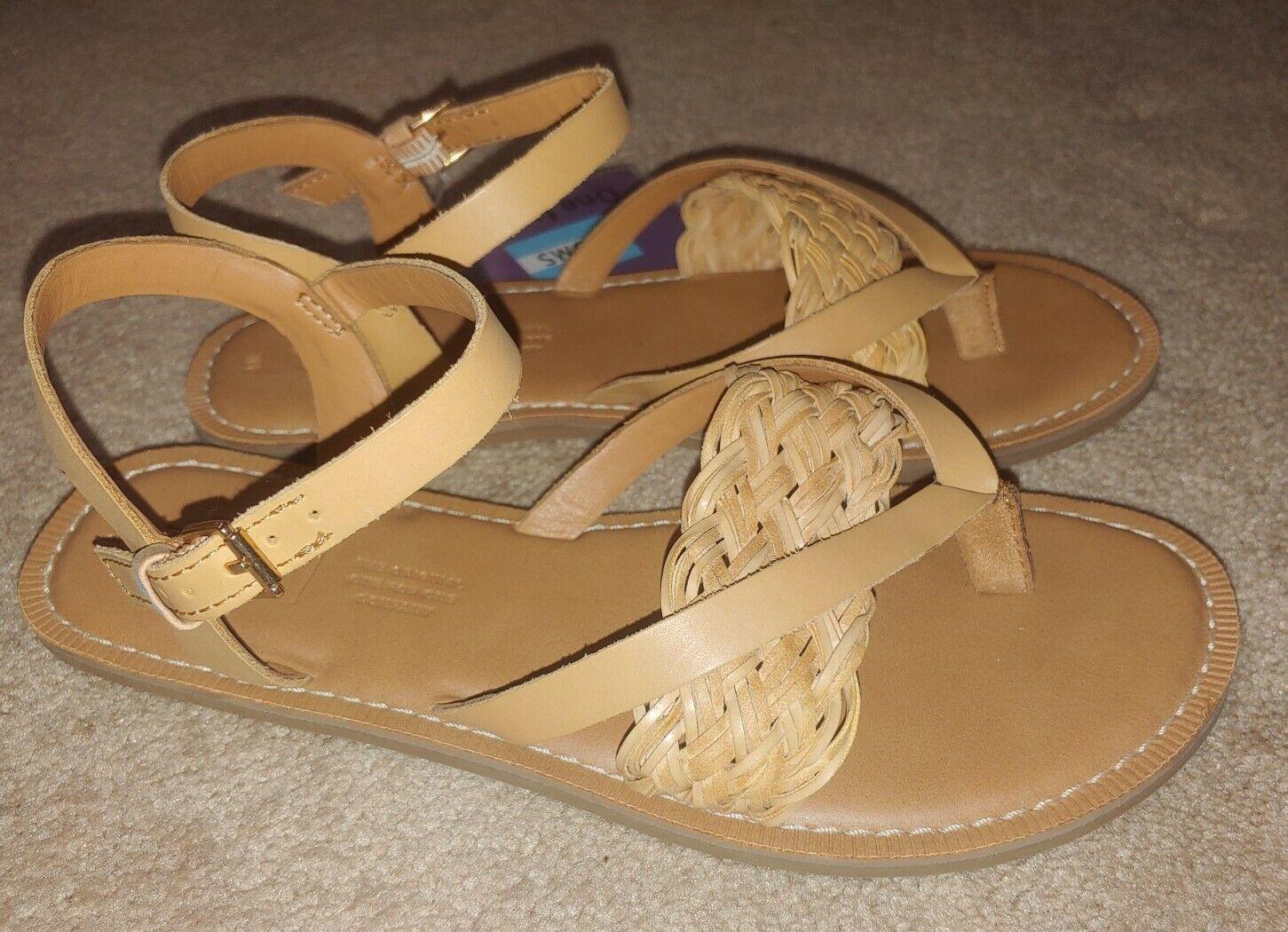 NWT Toms Women's Flat Ankle Strap Braid Sandals - Women's Size 6 - Honey