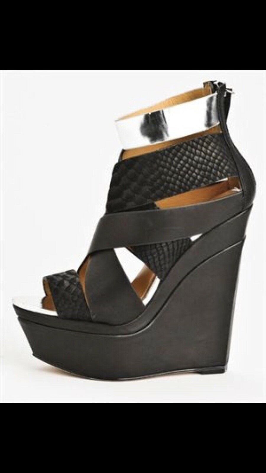 L.A.M.B. Gwen Stefani Dove Strappy Wedge Sandals Taille 7.5