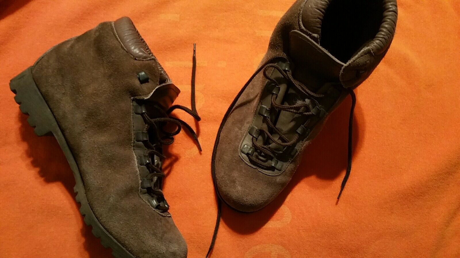DUNHAM TYROLEANS HIKING SUEDE BOOT size 9.5N MADE IN ITALY VINTAGE