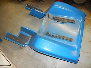 Ford-LGT-165-Garden-Tractor-Fender-Pan-USED