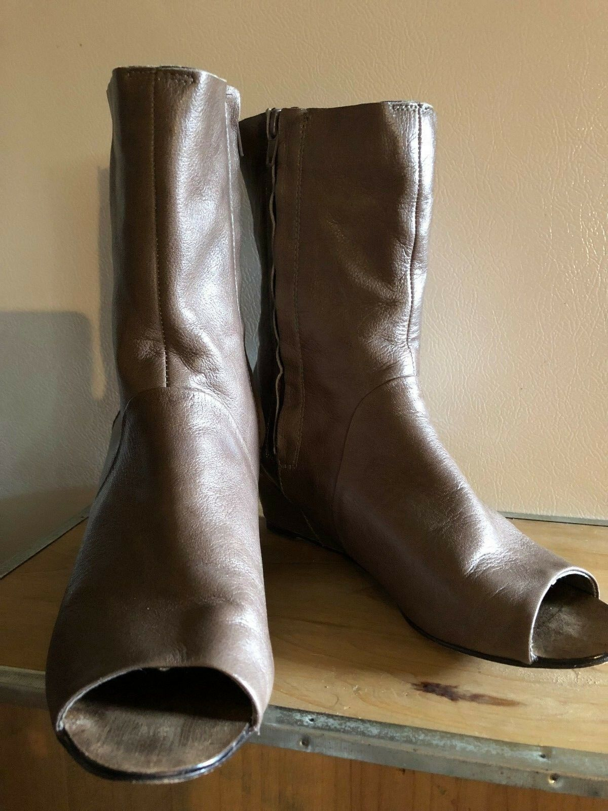 Leather Boots Bootie Dolce Vita Wedge Boots Leather Very Soft Peep Toe Zipper Taupe Size 7.5 19d59b