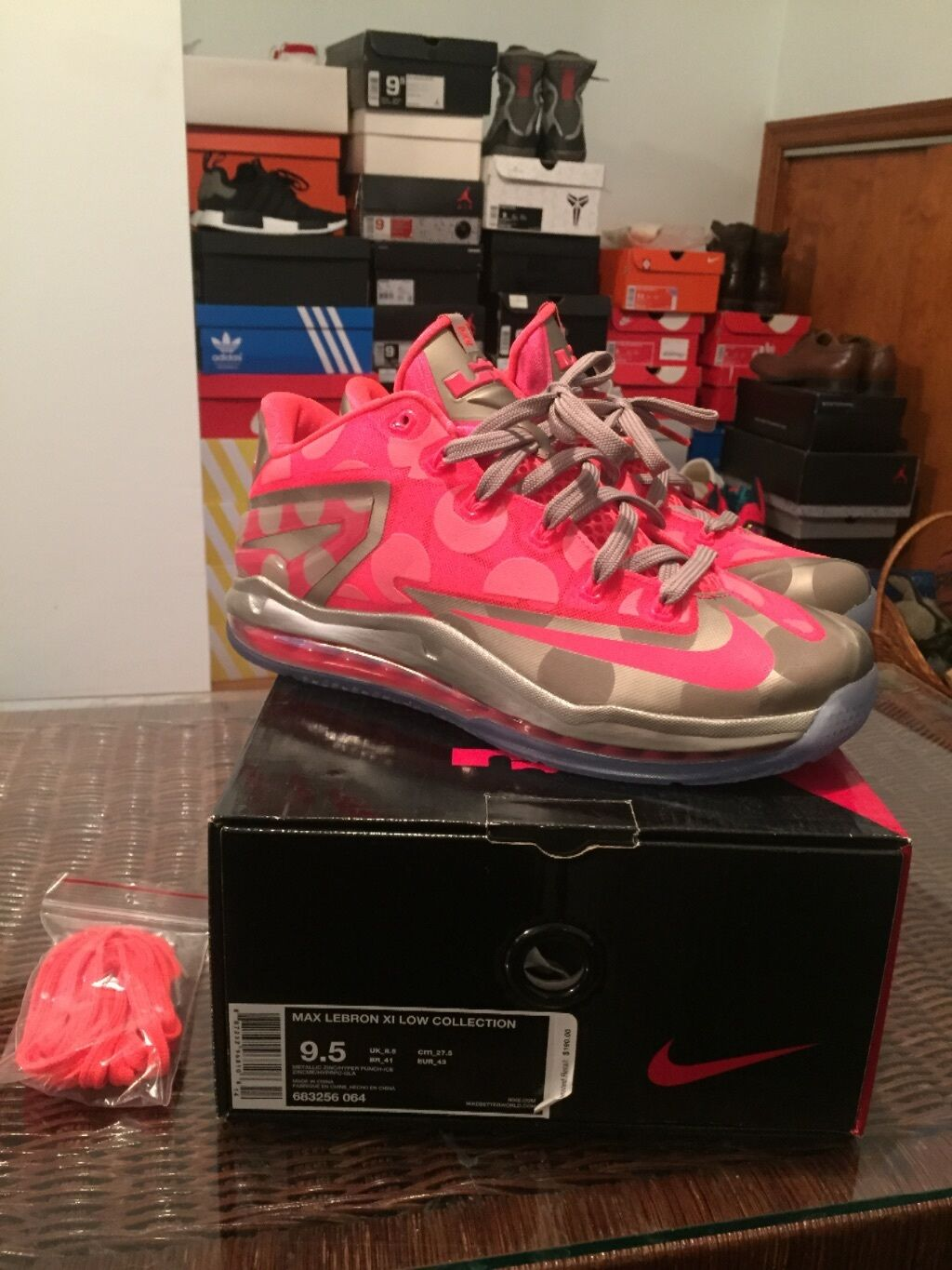 Lebron 11 low grey/pink  Cheap and fashionable