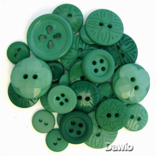 patchwork Boutons motifs vert ronds environ 30 boutons par emballage assortiment