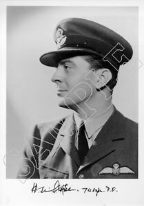SPBB18-WWII-WW2-RAF-Ace-Battle-of-Britain-STEPHEN-DSO-DFC-hand-signed-photo
