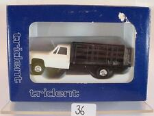 Trident 1/87 No. 90153W Chevrolet Stake Truck weiss OVP #036