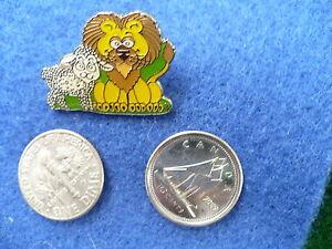 lion-lamb-cartoon-character-pin-brooch-clutch-back-NEW-ONE-1