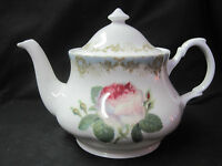 Vintage Rose From Roy Kirkham English 6 Cup Tea Pot. Fine Bone China