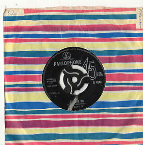 The-Beatles-Love-Me-Do-7-034-Single-1963-Black-Label