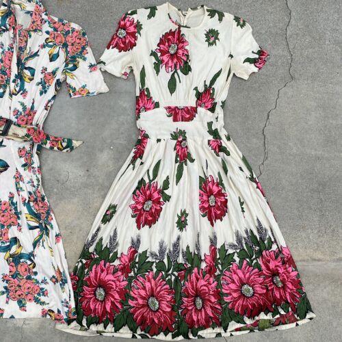 Vintage 1940s Jersey Rayon Floral & Wheat Print Dr