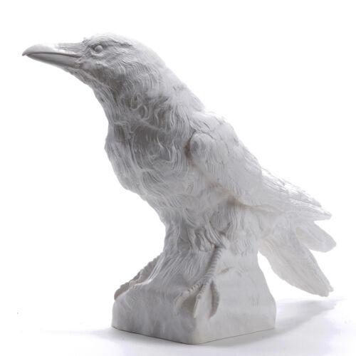 große Kunststoff-Skulptur Flesh crow sculptures Ottmar Hörl Rabe II aufrecht