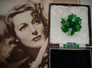 VINTAGE-ART-DECO-SIGNED-GERMANY-OPALINE-GLASS-BEAD-CLUSTER-BROOCH-PIN-COLLECTOR