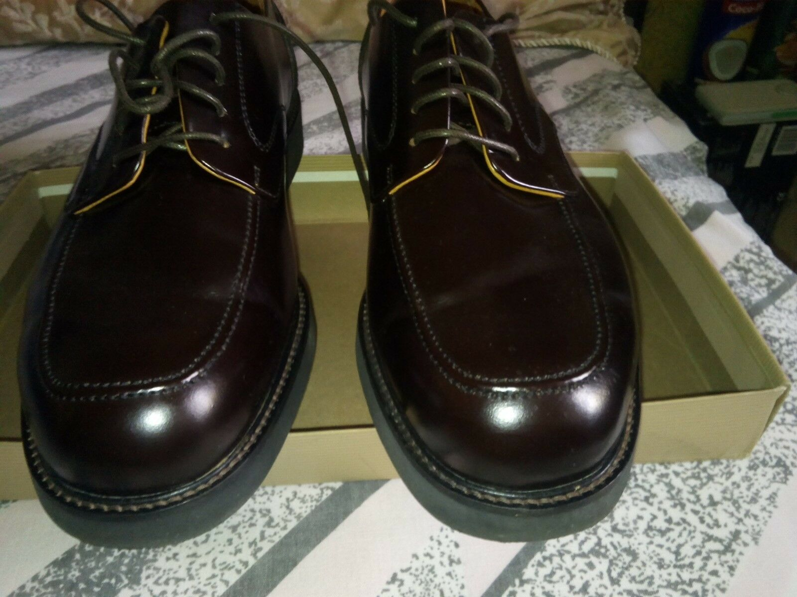 Men's Rockport shoes size 10 used