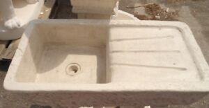 Lavello lavandino lavabo lavatoio vasca in cemento bianco - Lavatoio in pietra da esterno ...