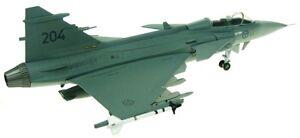 AV7243002-1-72-SAAB-GRIPEN-JAS-39C-SWEDISH-AIR-FORCE-RIAT-2009-INCLUDING-STAND