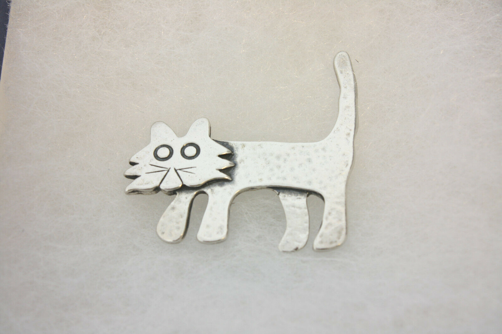 Cat brooch Cat pin MB Designs Bonnie Moreno Whiskers 1989 Tabby Cat Pin MB Design Handcrafted Art #115 Signed