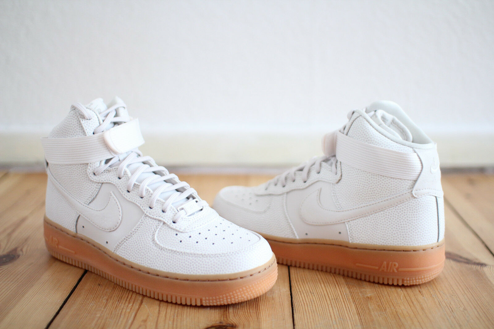 Nike Air Force 1 Hi SE white Leder WMNS Gr. 37,38,39,40 NEU & OVP