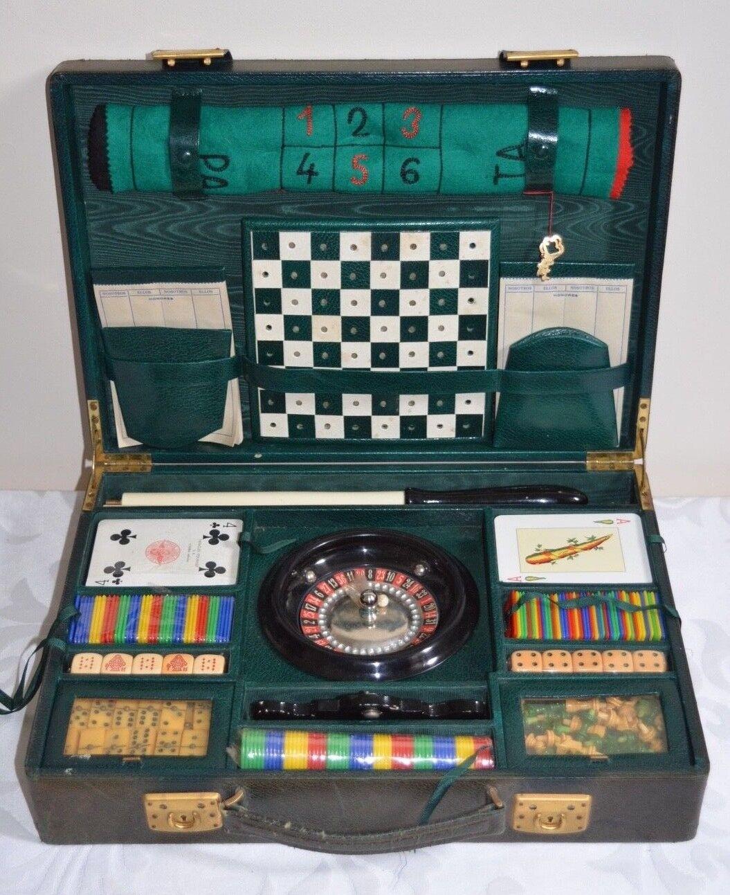 RARE Vintage SPAGNOLO Games Compendium Travel Set Inc. ROULETTE CON MONTANTE a malapena utilizzato