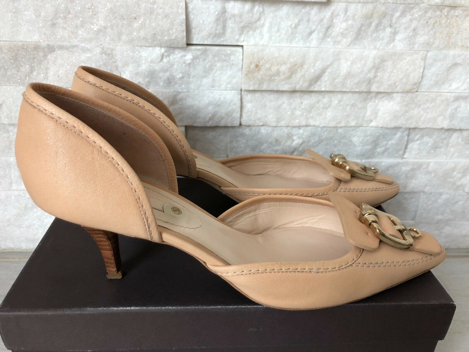 da non perdere! Pre-owned Celine Classic Classic Classic Blush Nude Leather Pumps Kitten Heel scarpe 40.5 10.5  articoli promozionali
