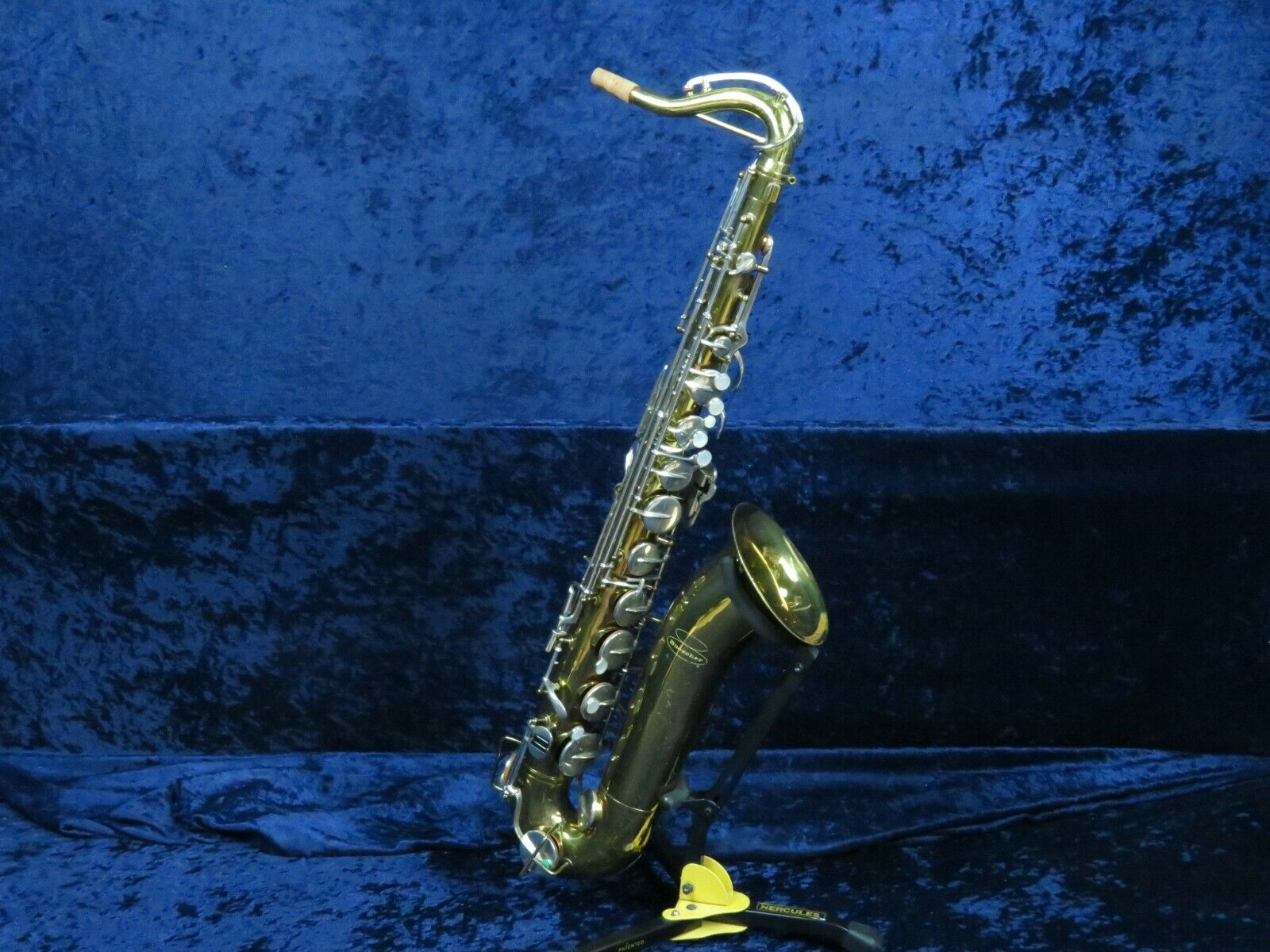 Late Model Buescher Aristokraten Tenor Saxophone SerLooks Good