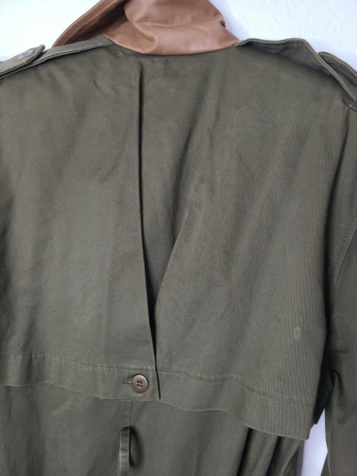 Classic Military Style Trench Coat, Olive Army Gr… - image 8