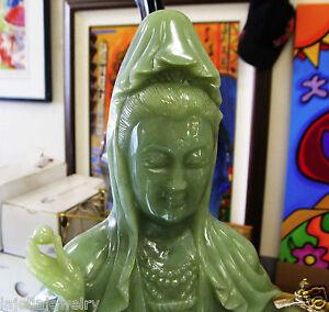 19-034-China-Green-Jade-Hand-Carved-Kwan-yin-Guanyin-goddess-Buddha-Statue
